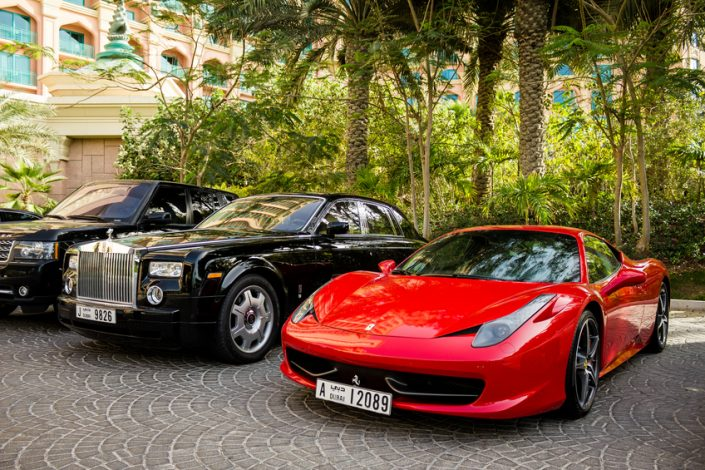 Ferrary 458 Italia and Rolls Royce Phantom
